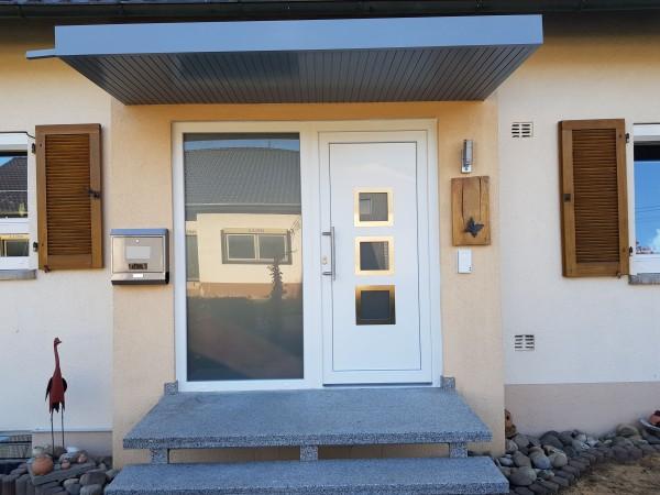 Kunststoff-Haustuer-Eingang-Nachherr